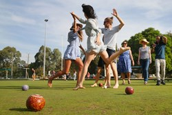 Barefoot Bowls Fundraiser for Uniting Prahran